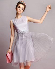 Grey Sleeveless Belt Pleated Dress US$51.60