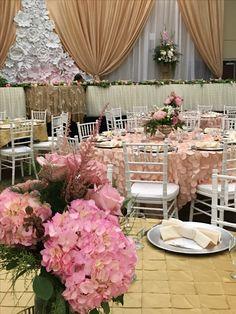 Bridesmaid Dresses, Wedding Dresses, Event Planning, Table Decorations, Furniture, Home Decor, Centerpieces, Mesas, Bridesmade Dresses