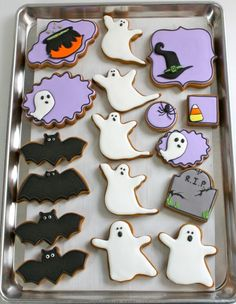 Lovely!! <3 Easy Decorated Cookies for Halloween | from @Sweetopia ~ Marian Poirier ~ Marian Poirier