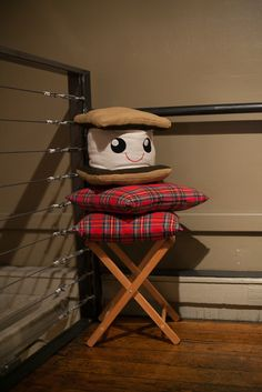 Smore Pillow! My daughter wants this really bad!!! If anyone finds one please let me know!!!