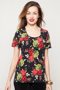Roses Print Short Sleeved Top - Kim & Co