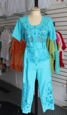 ropa para mujer en tallas grandes Women, Fashion, Man Women, Woman Clothing, Plus Size, Bias Tape, Blouses, Moda, Fashion Styles