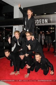 McBusted pyramid at Catching Fire premiere! how I love you, guys! Sound Of Music, Kinds Of Music, Dougie Poynter, Music Film, Catching Fire, Celebs, Celebrities, Music Bands, Hunger Games