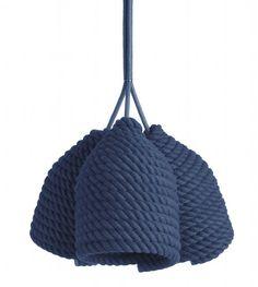 De bedoeling van ontwerper Vasiliy Butenko was om een simpele doch moderne lamp te maken zonder het gebruik van ingewikkelde weefmethodes.