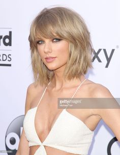 Taylor Swift arrives at The 2015 Billboard Music Awards held at the MGM Grand Garden Arena on May 17, 2015 in Las Vegas, Nevada.
