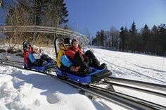 Bobová dráha Oščadnica - Vyletik.eu #atrakcie #zaujimavosti #slovensko #slovakia #cestovanie #travel #interest Train, Strollers