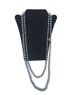Two Black Pearl Necklaces Hand Knotted Round Gold Clasp Bullock's Case 80s Jewelry, Jewelry Watches, Fine Jewelry, Pearl Necklaces, Pendant Necklace, All That Glitters, Pendants, Wallet, Pearls