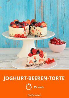Joghurt-Beeren-Torte - smarter - Zeit: 45 Min. | eatsmarter.de