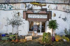 Since we already love the energy of the 13th, we should check out this cafe in an artists' squat, La Maison des Frigos: Art & Cooking As Labors of Love in Paris' 13th Arrondissement. . . then stroll down to the Seine and across my favourite passerelle. . .