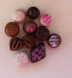 working on learning to make little chocolates. All of them could fit on one finger nail. First Finger, Chocolates, Polymer Clay, Learning, Nails, Fit, How To Make, Ongles, Shape