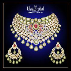 Highlight your gorgeous aura with this marvellously entrancing necklace set in #Polki from the House of #HazoorilalBySandeepNarang #BridalJewellery #IndianJeweller #KundanPolki #Jadau #TraditionalJewellery #Hazoorilal