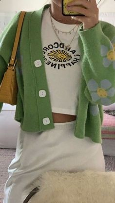 Fashion Tips Modest .Fashion Tips Modest Vintage Outfits, Retro Outfits, Girl Outfits, Fashion Outfits, Womens Fashion, Fashion Tips, Modest Fashion, Green Outfits, Fashion Skirts