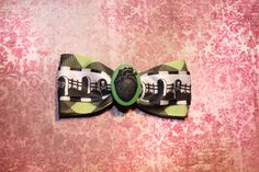 Death Heart  Green by RiotGearHairBows on Etsy, $8.00