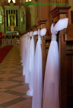 Dekoracje ławek na ślub