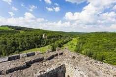 Château de Commarque Les Eyzies-de-Tayac-Sireuil France  www.alamy.com/image-details-popup.asp?ARef=FAPFC9 marketplace.500px.com/photos/136585363 #castle #france #medieval #dordogne #architecture #ancient #old #historical #tower #heritage #europe #commarque #aquitaine #perigord #fort #picturesque #monument #ramparts #touristy #eyzies #les #battlements #building #historic #wall #tourism #stone #travel #french #chateau