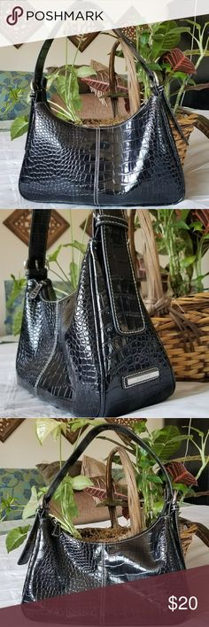 """EUC Nine West Black Pattened Crock Shoulder Bag This beautiful shoulder bag is in excellent used condition. There is a small white streak on the back, visible in photo #5. Silver accents. No tears on inside lining. 16x12.5x4 11"""" drop on shortest buckle. Nine West Bags Shoulder Bags"""