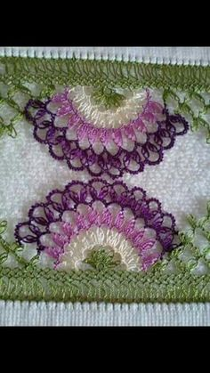This Pin was discovered by Fil Needle Tatting, Tatting Lace, Needle Lace, Creative Embroidery, Hand Embroidery, Bead Crochet, Crochet Earrings, Knitting Patterns, Crochet Patterns