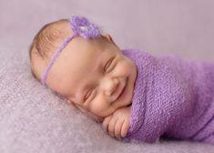 Sandi Ford est une photographe anglaise basée à Londres et dont la spécialité est de réaliser des clichés de nouveaux-nés. Elle se distingue surtout par sa capacité à anticiper et à capter ces instants précieux que constituent les sourires des...