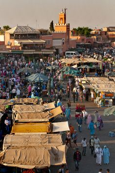 Love this place...could walk around here for hours! Magical Jemaa El Fna, Marrakech. www.facebook.com/Morocco.Specialist