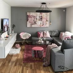 30 Incredibly Charming Pink Living Room Design Ideas - Home Bigger Living Room Decor Cozy, Living Room Grey, Living Room Interior, Home Living Room, Living Room Furniture, Living Room Designs, Bedroom Decor, Decor Room, Fancy Living Rooms
