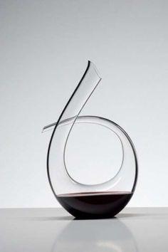 Elegant Decanters: Riedel 'Black Tie' Carafe Aerates Your Wine in Fine Fashion