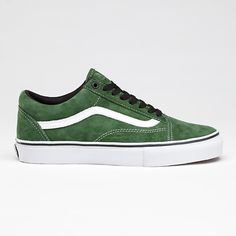 Vans Green Old Skool Pro they're next (: Mens Vans Shoes, Skate Shoes, Vans Sneakers, Converse, Sock Shoes, Men's Shoes, Shoe Boots, Tenis Vans, Vans Outfit
