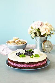 Mustaherukka-valkosuklaajuustokakku | K-ruoka #cheesecake
