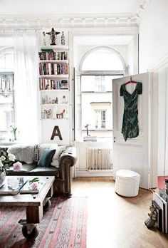 Small Space Secrets: Swap Your Bookcases for Wall Mounted Shelving  Corner shelves? But, overall, I like this feel.