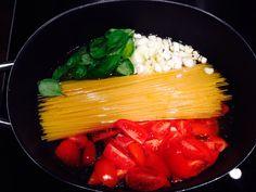 One-Pot-Pasta: Ein Experiment   Junika beginnt zu essen