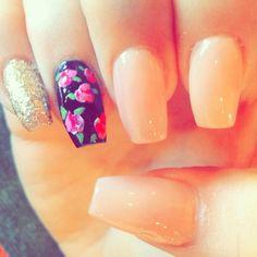 My work... Coffin nails / Rose design