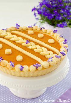 Apricot and violet tart. Tarta de albaricoque con violetas cristalizadas del Curso Online de Patricia Arribálzaga
