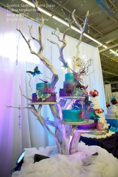 Quinceañera cake and unique display Cake And Cupcake Stand, Cupcake Cakes, Cupcakes, Diy Wedding, Wedding Cakes, Wedding Ideas, Quinceanera Cakes, Quinceanera Ideas, Princesa Sophia