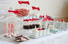 a hot chocolate party for valentine's...love it!