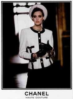 Chanel available at Luxury & Vintage Madrid, bring you the world's best selection of vintage and contemporary clothing, discover our top brands Chanel 19, Chanel Fashion, 80s Fashion, Fashion History, Vintage Fashion, Fashion Outfits, Womens Fashion, Chanel Bags, Chanel Handbags