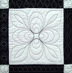 I called this quilting pattern Modern Mango. Patchwork Quilting, Quilt Stitching, Longarm Quilting, Free Motion Quilting, Quilts, Quilting Stencils, Quilting Templates, Quilting Projects, Quilting Ideas