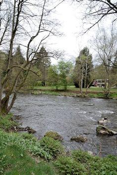 Belgische Ardennen Stavelot, park Domaine long pre,rivier de l'ambleve, Juli 2007