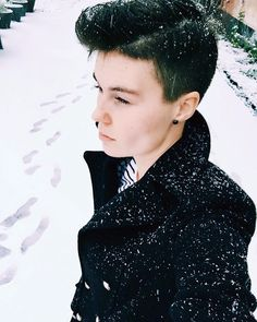 """🍭 Mia Munini (@miamunini) I'll never outgrow the excitement of looking out my window and seeing falling snow."""" 😍❄️⛄️""""  #pixie #hairstyle #shorthair #beanie #haircut #streetstyle #miamunini #fashion #style #inspiration #look #unisex #androgynous #outfit #photography #portrait #model"""