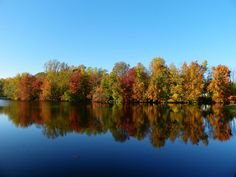 Plan now & celebrate fall in Delaware with a weekend getaway! Stunning fall foliage + fun festivals..learn more at http://www.visitdelaware.com/things-to-do/fall-in-delaware/