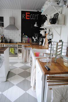 painted brick, a chalkboard, painted floors. Grey Kitchen Floor, Kitchen Redo, Kitchen Flooring, Kitchen Dining, Kitchen Makeovers, Painted Floorboards, Painted Floors, Functional Kitchen, Grey Flooring