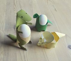 osterdeko selber machen basteln mit klopapierrollen dinosaurierer making Easter decorations yourself with paper rolls dinosaurs Toilet Roll Craft, Toilet Paper Roll Crafts, Cardboard Crafts, Dinosaur Eggs, Dinosaur Crafts, Easter Crafts, Fun Crafts, Diy For Kids, Crafts For Kids