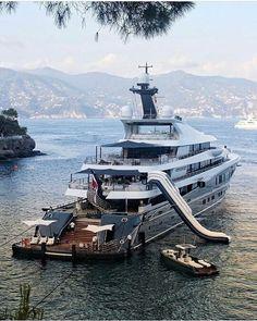 Summer days in Portofino🇮🇹 M/Y Phoenix Tag someone you'd sp. Speed Boats, Power Boats, Yachting Club, Bateau Yacht, Big Yachts, Luxury Boat, Luxury Travel, Billionaire Lifestyle, Canoe Trip