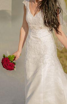 9 nejlepších obrázků z nástěnky Svatební šaty prodej 525119911a