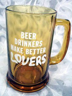 "$13.99 VINTAGE ""BEER DRINKERS MAKE BETTER LOVERS"" AMBER GLASS BEER MUG"