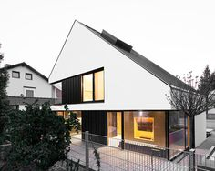 House B, Munich, Germany - Format Elf