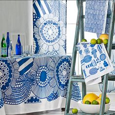 Marimekko Siirtolap Table Cloth by: Marimekko Balance Design, Decor Scandinavian, Textiles, Bold Prints, Surface Pattern Design, Vintage Disney, Textile Design, Printing On Fabric, Print Patterns