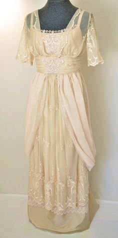 Items similar to Edwardian Wedding Dress Lace Wedding Dress Victorian Wedding Gown Titanic Dress Embroidered Lace Custom Orders Only! on Etsy Vestidos Vintage, Vintage Gowns, Vintage Outfits, Dress Vintage, Vintage Lace, Victorian Lace, Vintage Clothing, Titanic Dress, Edwardian Dress