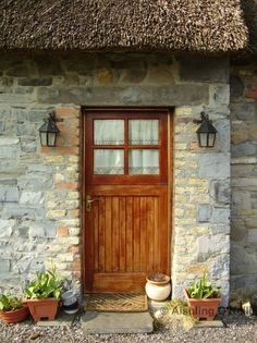 cottage door in Ireland --I'm all about bringing a little Ireland to Texas