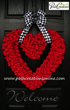 Valentines Heart Wreath, ONLY 1 Left...Valentines Day Love Wreath, Heart Wreath, Burlap Heart Wreath, Burlap Valentines Wreath