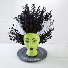 Styrofoam mannequin heads are a versatile and budget friendly canvas for amazing Halloween displays. Here are some of our favorites from… Halloween Prop, Scary Halloween Decorations, Halloween Displays, Halloween 2014, Holidays Halloween, Halloween Stuff, Halloween Costumes, Shabby Chic Halloween Decor, Halloween Crafts To Sell