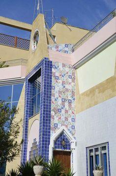 """Details from the front of """"La Casa degli Artisti"""""""